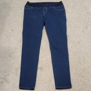 Liz Lange Maternity jeans size Small (4-6)